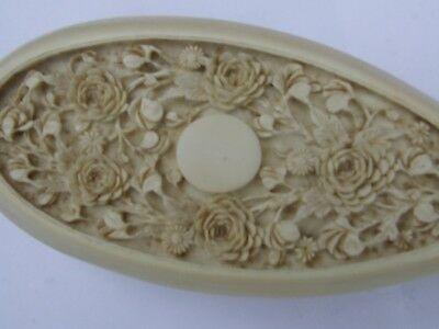 Antique Oriental Chinese Natural Carved Cow Bone Hair Brush.