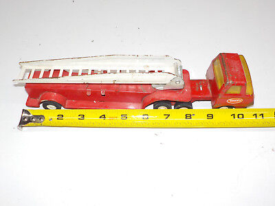 """Tonka Red Mini Fire Truck Ladder Metal Aerial Toy Vintage 11"""""""