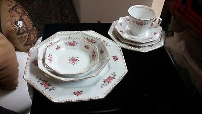 Harmony House Rosette fine china 7pc setting