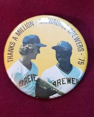 VTG. 1975 Milwaukee Brewers Hank Aaron & Robin Young Pin Button Thanks a Million