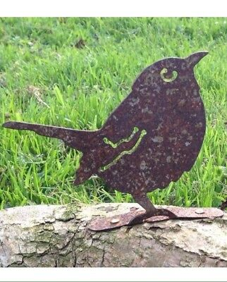 Rusty Metal Sparrow Bird Garden Fence Post Topper / Ornament