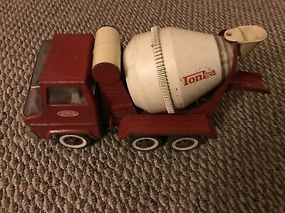 (A) Vintage Red Tonka Concrete Cement Mixer Truck Pressed Steel Toy 1960's