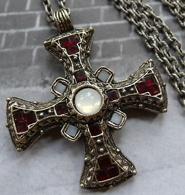 vintage MIRACLE 1970s red white glass Scottish celtic cross pendant necklace N75