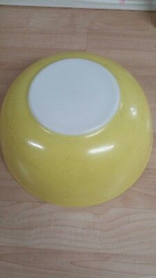 Large Vintage Pyrex #404 Primary Yellow Nesting Mixing Bowl 4 Quart Bright Shiny