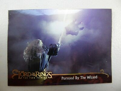TOPPS Lord of the Rings: The Two Towers - Card #110 PURSUED BY THE WIZARD