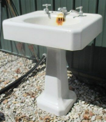Pedestal Sink Vintage Bathroom Porcelain Over Cast Iron Pantry Faucet Hardware d