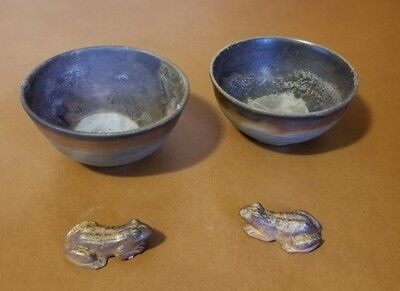 Set Of 2 Vintage Hand Made Japanese Soup Bowls With Accompanied Frogs