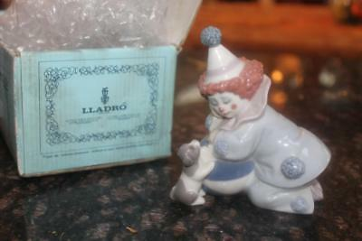 Lladro Figurine 5278 Pierrot Clown with Puppy and Ball in Box Retired 2007