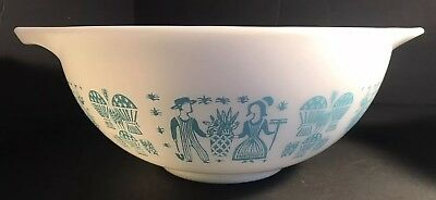 2 Vintage Pyrex Amish Butterprint Turquoise Nesting  Mixing Bowl of 4 441-444