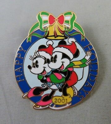 Disney DLR Pin - Cast Member Happy Holidays 2001 Mickey and Minnie Mouse Skating