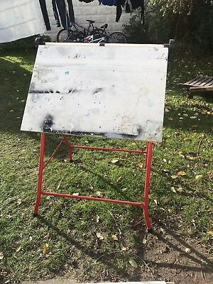 A2 Stratton Blundell Harling Standing Drawing Board  Vibrant Red 92 cm by 65 cm
