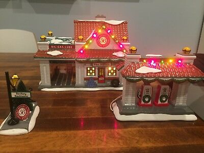 Department 56 Rocky's Filling Station