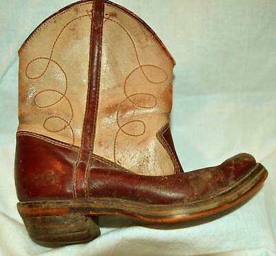 SINGLE Mid Century Vintage Child's Western Boot TWO TONE official LONE RANGER