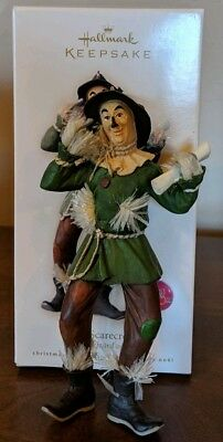 2008 Hallmark THE SCARECROW  Ornament Wizard of Oz