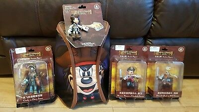 Disney Shanghai Mickey Pirate Play Mat Tote Backpack with 4 Figurines Rare