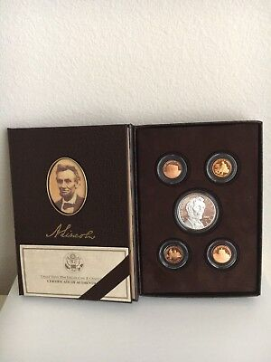 Stunning 2009 Lincoln Coin and Chronicles Set