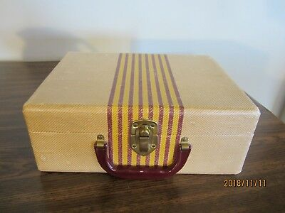 VINTAGE 1940s DOLL CLOTHES SUITCASE, CARDBOARD, FOR DOLL OR DISPLAY