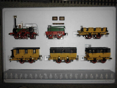 Marklin 1 - 5750 ADLER - loco plus 4 wagons - OVP - like new