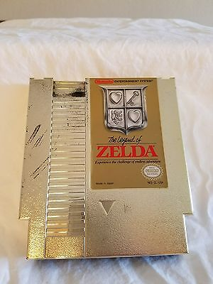 NES game: The Legend of Zelda gold cartridge - working