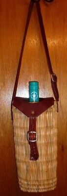 Vintage Woven Straw w/ Brown Leather Trim Wine Bottle Holder Case Carrier