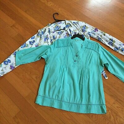 Lot of 2 Cotton Floral Shirt Size Large and solid color top blouse