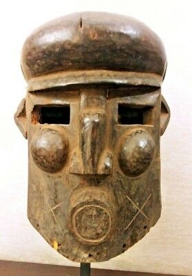 Antique AFRICAN Old CARVED Wood KNIGHTS HELMET Full Head TRIBAL ART MASK Statue