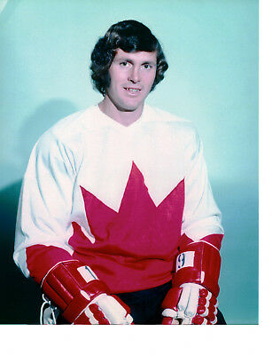 Paul Henderson 8x10 - Team Canada - 1972 Summit Series