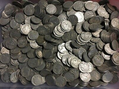 Lot of 910 - Buffalo Nickels 1913-1938 ( 910 Coins)