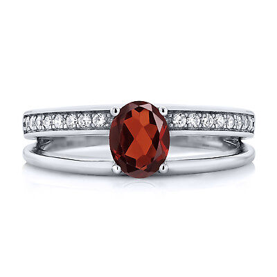 1.15 Ct Oval Red Garnet 925 Sterling Silver Fashion Ring