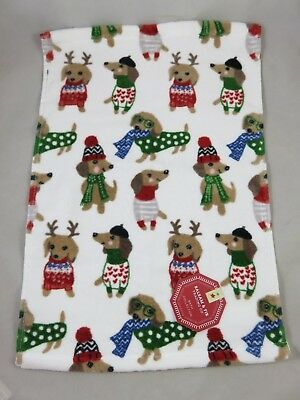 Balsam and Fir / Cynthia Rowley - Christmas Dachshund Dog - Bath Washcloth Towel