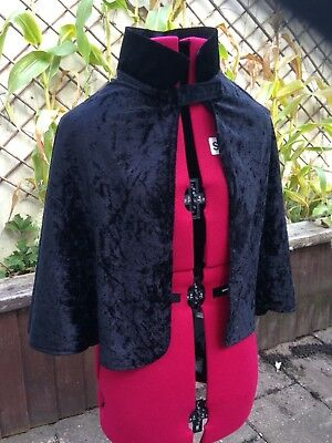 Childs Cape Black Aged 6-10 with collar
