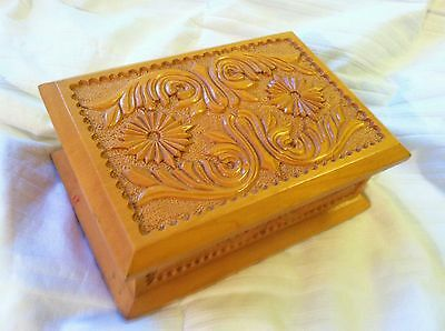 Vintage Maple Look Wood Wooden Jewelry Box Deep Carved with Hinged Lid / Lining