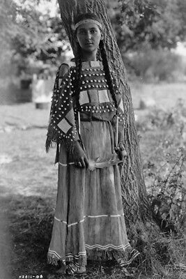 New 4x6 Native American Photo: Maiden of Sioux, North American Indian Tribe