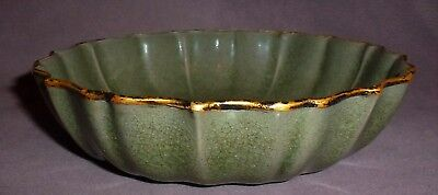 Chinese Late C19th Fluted Celadon Glazed Crackleware Bowl With Unusual Marks