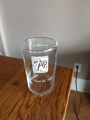 Old 7up Glass- Hard to find- Excellent condition !!