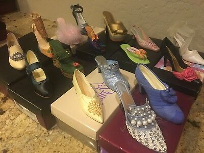 Just the Right Shoe | Lot of 16