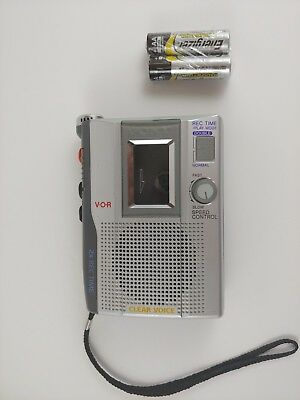 Sony Clear Voice Activated VOR Handheld Cassette-Corder TCM-200DV Tape Recorder