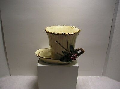 Vintage McCoy USA Pottery Leaves And Berries Planter With Tray