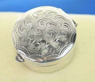 Vintage 925 Silver Miniature Trinket Snuff/Pill Box With Engraved Swirls Detail