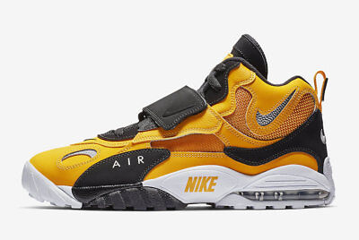 New Men's Nike Air Max Speed Turf Shoes (BV1165-700) University Gold/White-Black
