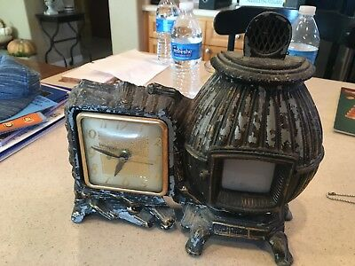 United Animated Pot Belly Stove Clock Model 465