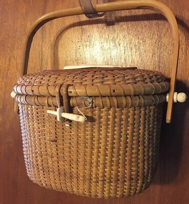 Nantucket Light Ship Style Basket Purse W/handle Hinged Lid And Whale