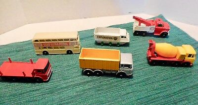 Matchbox / Lesney toy cars (24) and Case - 1960s/70s Vintage - see photos; RARE