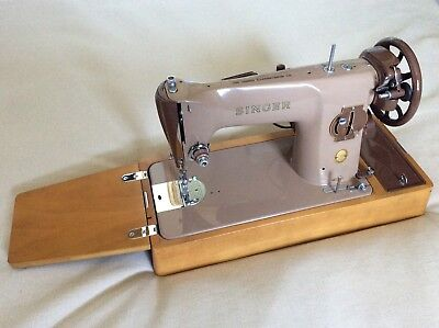 Outstanding condition SINGER Tan 201k vintage electric sewing machine 1950's