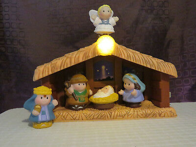 2002 Fisher Price Little People Nativity Scene. Musical. Light Up Star.
