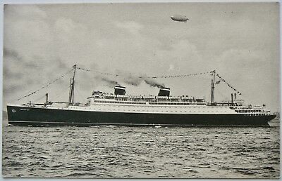 Postcard-Ships.s.s.manhattan.launched 1931.retired 1965.troopship During Wwii.rp