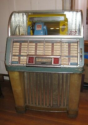 "Vintage 1952 Seeburg Jukebox model M100C, ""The Happy Days Jukebox""."