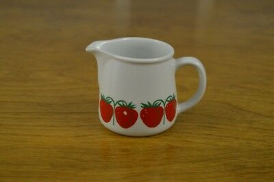 Arabia Finland Pomona Strawberry Creamer Vintage Retro Fruit Red Berry