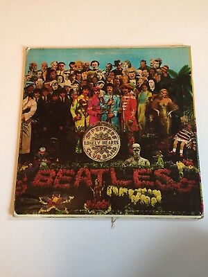 The Beatles Sgt Pepper's Lonely Hearts Club Band 1967 Vinyl. Canadian Pressing.