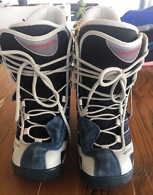 Ladies Salomon Snow Boarding Boots, Size Eur 39, Excellent Used Condition
